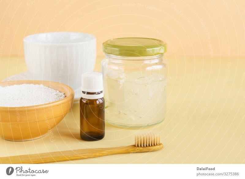 Naturbelassene Zahnaspte (Aloe Vera, Menta und Weißer Ton Lifestyle Gesundheitswesen Bad Mund Zähne Pflanze Zahnbürste frisch Sauberkeit weiß Schutz aktiviert