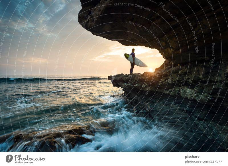 Spirit Lifestyle Freizeit & Hobby Ferien & Urlaub & Reisen Sommer Meer Wellen Sport Wassersport maskulin Mann Erwachsene 1 Mensch Sonne Sonnenaufgang