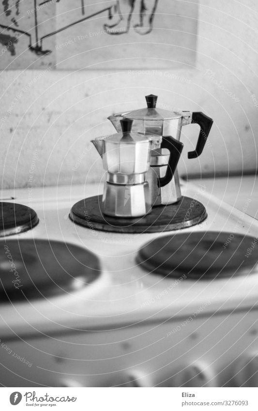 Guten Morgen Häusliches Leben Küche Herd & Backofen Kaffeemaschine bialetti Espressokocher silber Kochplatte Schwarzweißfoto Innenaufnahme Menschenleer