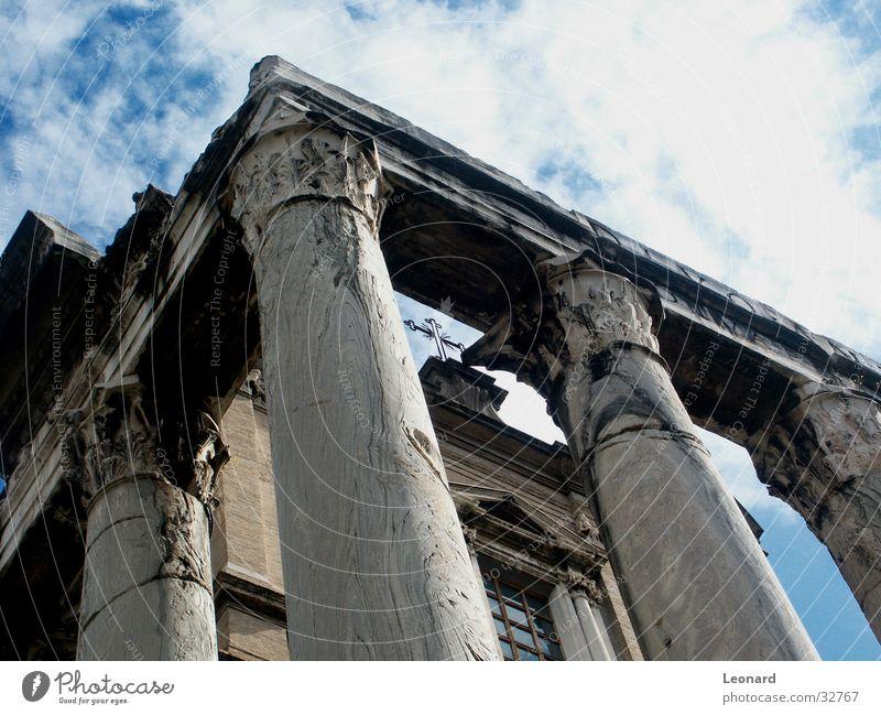 Tempel Himmel Wolken Stein Gebäude Architektur Rücken Italien Rom Insolvenz Spalte Tempel