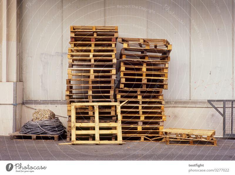 Palettenstapel stapeln Lagerhalle Architektur Transport Industrie Logistik Güterverkehr & Logistik Industriefotografie Gebäude Fabrik Industrieanlage Handel