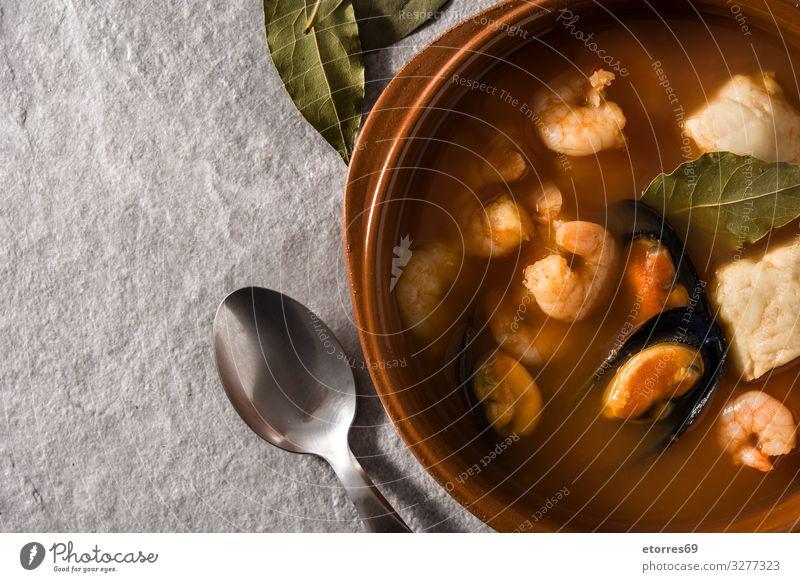 französische Bouillabaisse-Suppe kochen & garen Fisch Französisch Franzosen Meeresfrüchte Lebensmittel Gesunde Ernährung Foodfotografie Garnelen Garnelenspiesse