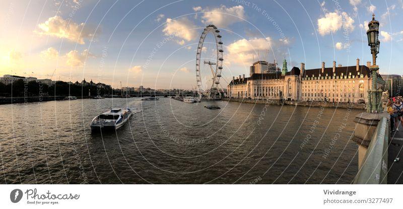 London Eye, Vereinigtes Königreich Architektur Wasser Himmel Wolken Flussufer Stadt Hauptstadt Brücke Sehenswürdigkeit Wahrzeichen Wasserfahrzeug Metall blau