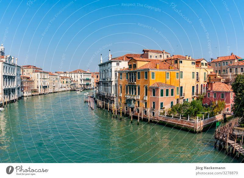 Blick auf den Canale Grande in Venedig schön Ferien & Urlaub & Reisen Tourismus Himmel Gebäude Architektur Wasserfahrzeug historisch Canal Grande Hintergrund
