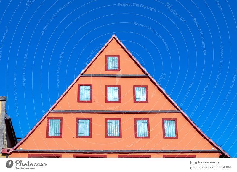 die malerische Altstadt von Rothenburg ob der Tauber Stadt Gebäude Architektur Fassade alt Bayern antik Dachgiebel Deutschland Fachwerkfassade Wahrzeichen