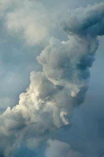 Klimakiller Sahnehäubchen Rauchwolke Emission Wasserdampf Kohlendioxid Treibhausgas Schadstoffausstoß Luftverschmutzung Klimawandel Luftschadstoffe