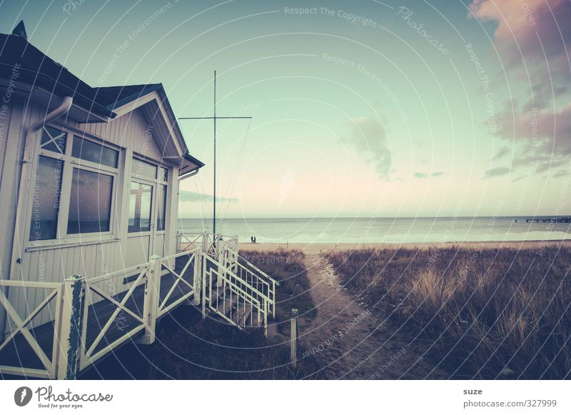 Kein Tag Meer ohne Ferien & Urlaub & Reisen Natur Landschaft Himmel Küste Ostsee Hütte Wege & Pfade alt authentisch einfach fantastisch kalt Fernweh Einsamkeit