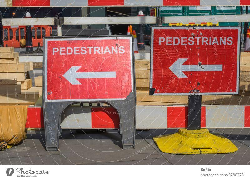 Biegen Sie von hier aus nach links ab. Stil Design Ausflug Sightseeing Städtereise Arbeit & Erwerbstätigkeit Beruf Arbeitsplatz Wirtschaft Industrie Handel