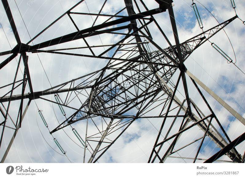 Stromnetzmast von unten gesehen. Lifestyle Design Bildung Wissenschaften Arbeit & Erwerbstätigkeit Beruf Arbeitsplatz Baustelle Fabrik Wirtschaft Industrie
