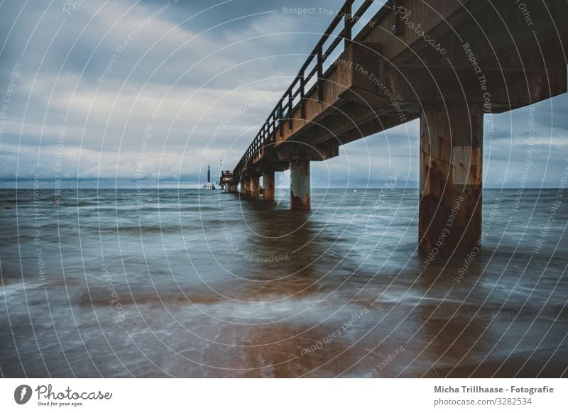 Seebrücke Zinnowitz bei Wind und Wellen Ferien & Urlaub & Reisen Tourismus Natur Landschaft Wasser Himmel Wolken Wetter Ostsee Deutschland Brücke Architektur