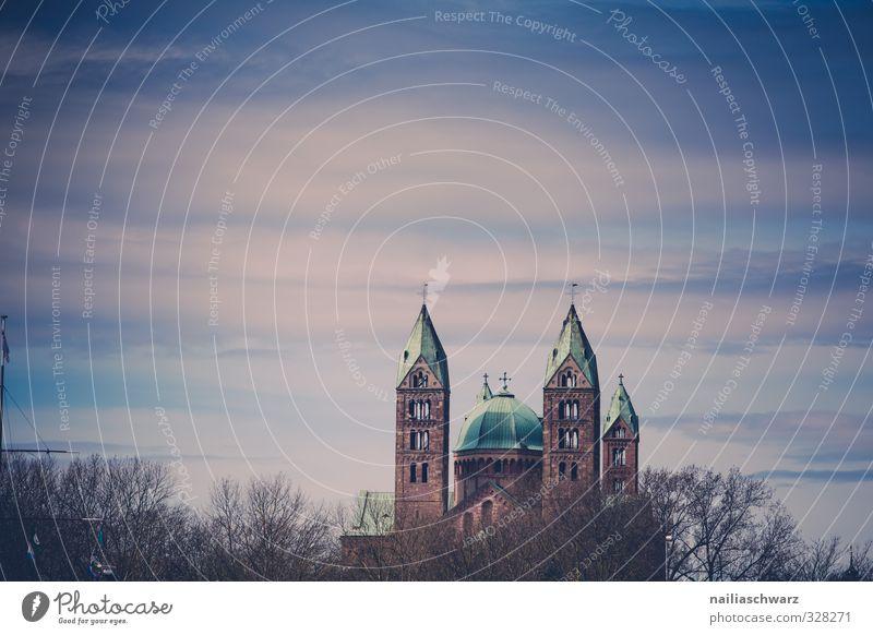 Der Kaiserdom zu Speyer Rheinland-Pfalz Kleinstadt Stadt Altstadt Menschenleer Kirche Dom Kreuz historisch hoch schön blau braun Stimmung Hoffnung Glaube