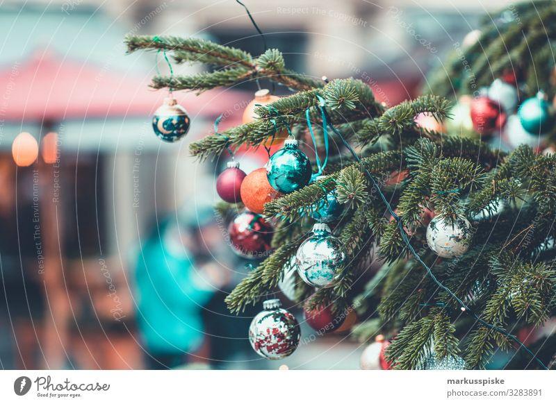 Weihnachtsbaum Dekorkation Lifestyle kaufen Reichtum elegant Stil Design Feste & Feiern Weihnachten & Advent Weihnachtsmarkt Weihnachtsdekoration