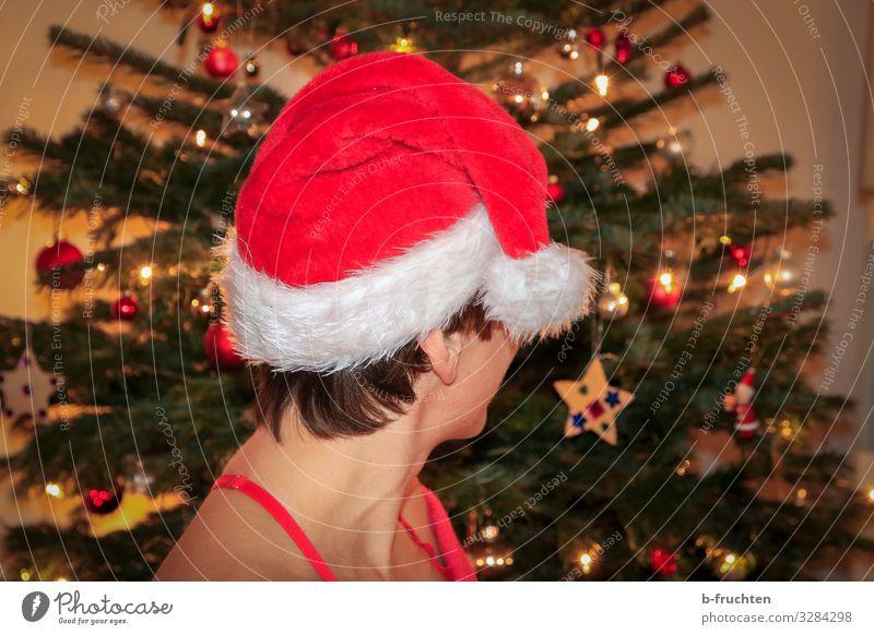 Weihnachtszeit Party Veranstaltung Feste & Feiern Weihnachten & Advent Silvester u. Neujahr Frau Erwachsene Haut Kopf 1 Mensch Mütze kurzhaarig Zeichen Blick