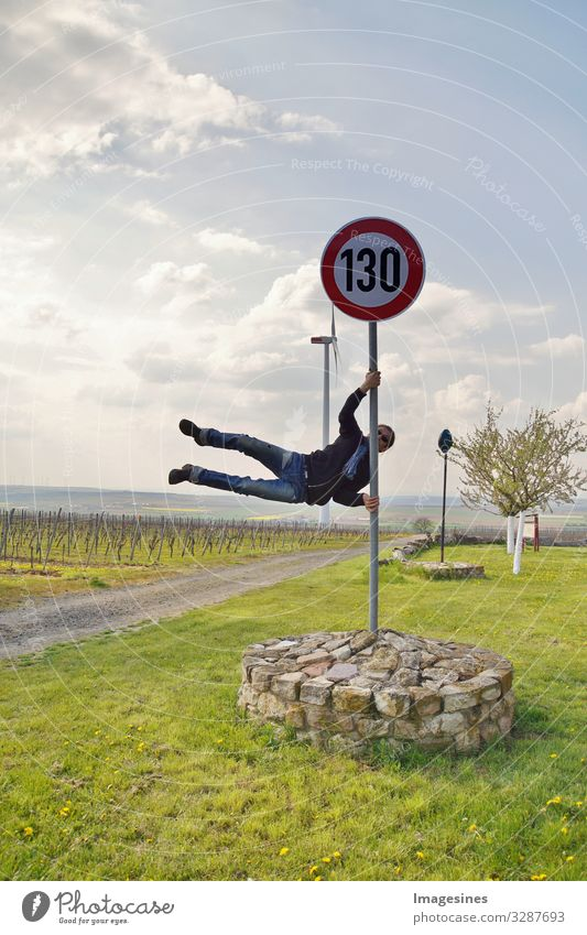 Geschwindigkeitsbegrenzung Deutschland 130 km/h pole dance Sport Mensch maskulin Junger Mann Jugendliche Körper 30-45 Jahre Erwachsene 45-60 Jahre Verkehr