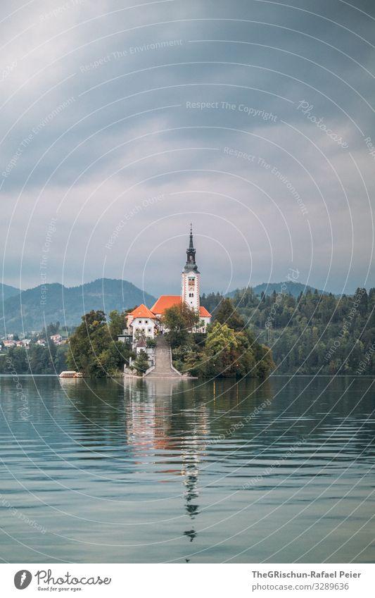 Lake Bled Natur blau grau schwarz weiß Kirche Insel Reflexion & Spiegelung Berge u. Gebirge lake bled bleder see Slowenien Reisefotografie geschätzt Angeln