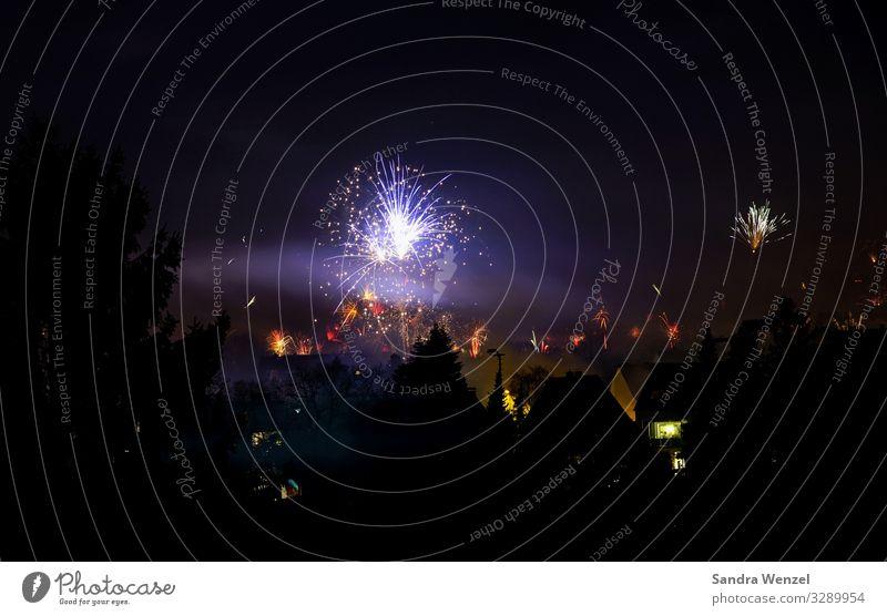 Neujahr 2020 Zeit Zukunft Show Wunsch Silvester u. Neujahr Umweltschutz Feuerwerk Luftverschmutzung Feinstaub Neujahrsfest