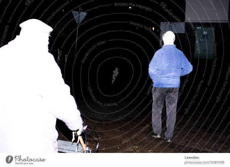 Opas Mensch Mann alt dunkel Erwachsene Senior Familie & Verwandtschaft Ausflug gehen maskulin 60 und älter entdecken Männlicher Senior machen Großvater