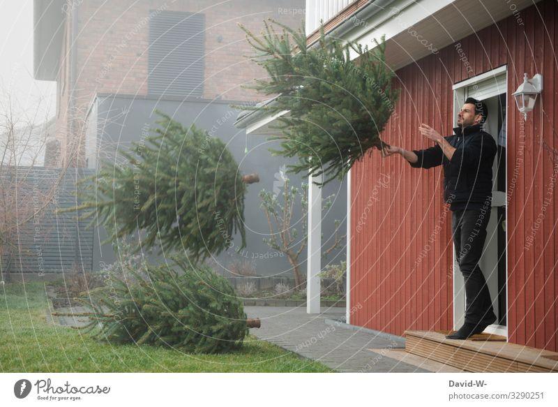 ausgedient... danke Mensch Jugendliche Mann alt Weihnachten & Advent Junger Mann Haus Winter Anti-Weihnachten Lifestyle Erwachsene Leben kalt Kunst Garten