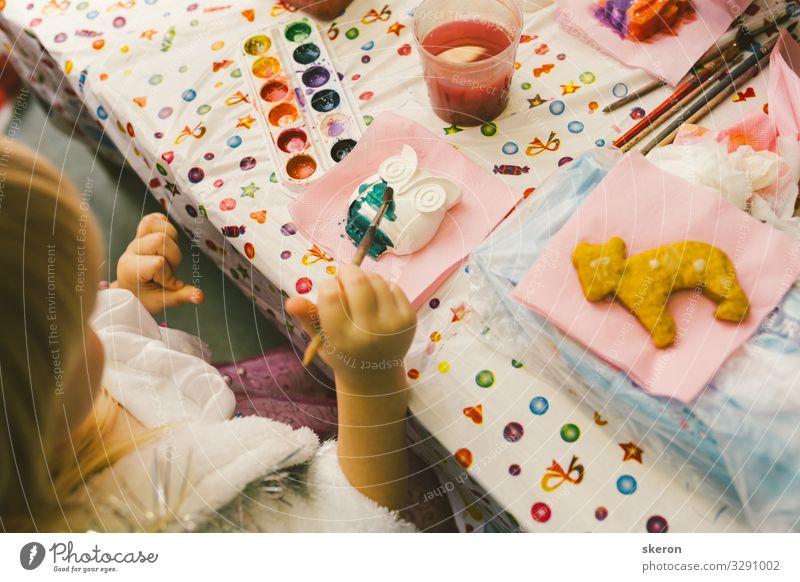 Kinder im kreativen Prozess Lifestyle Freizeit & Hobby Spielen Kindererziehung Bildung Wissenschaften Kindergarten lernen Schulgebäude Schüler