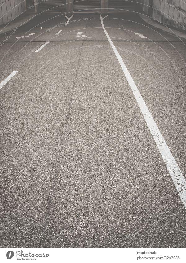 Entscheidungshilfe Pfeile Richtung Orientierung Straße Wege Verkehr Wege & Pfade Wegweiser Schilder & Markierungen Zeichen Navigation Hinweis Fahrbahnmarkierung