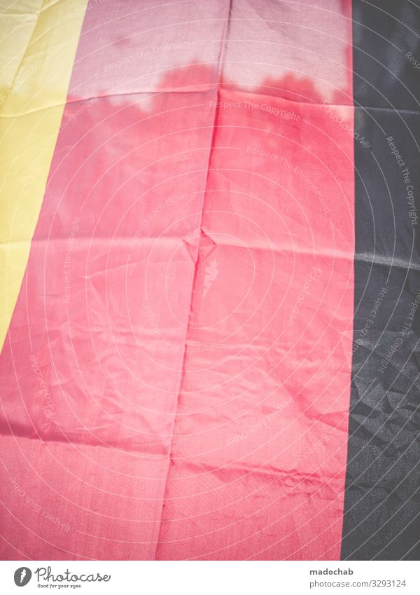 Eingedeutscht Deutschland Zeichen Streifen Fahne Klischee Zusammensein Treue Gastfreundschaft Solidarität Verantwortung Toleranz beweglich Rechtschaffenheit