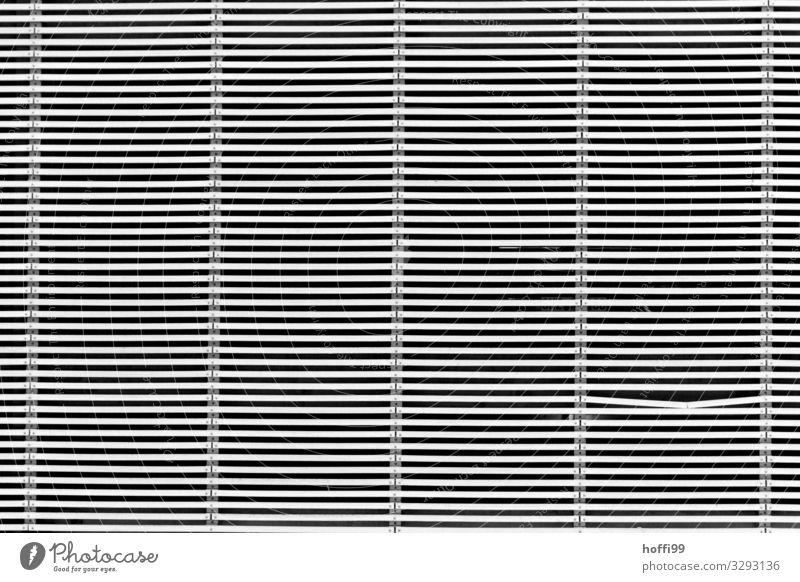 minimalistische Linienfassade mit einem Knick Bauwerk Architektur Mauer Wand Fassade ästhetisch elegant einzigartig Stadt grau schwarz Zufriedenheit Design