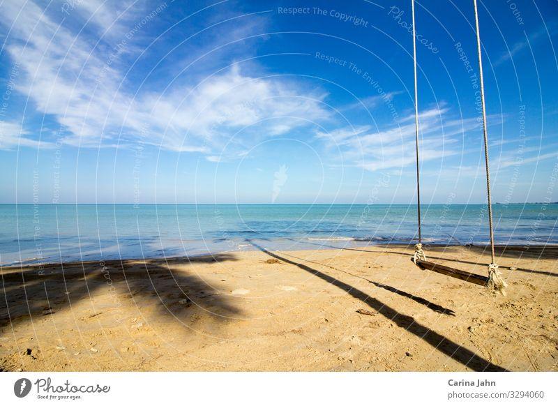 Einsame Schaukel am traumhaften Strand Himmel Ferien & Urlaub & Reisen Sommer Wasser Landschaft Sonne Meer Erholung ruhig Ferne Glück Tourismus Freiheit Sand