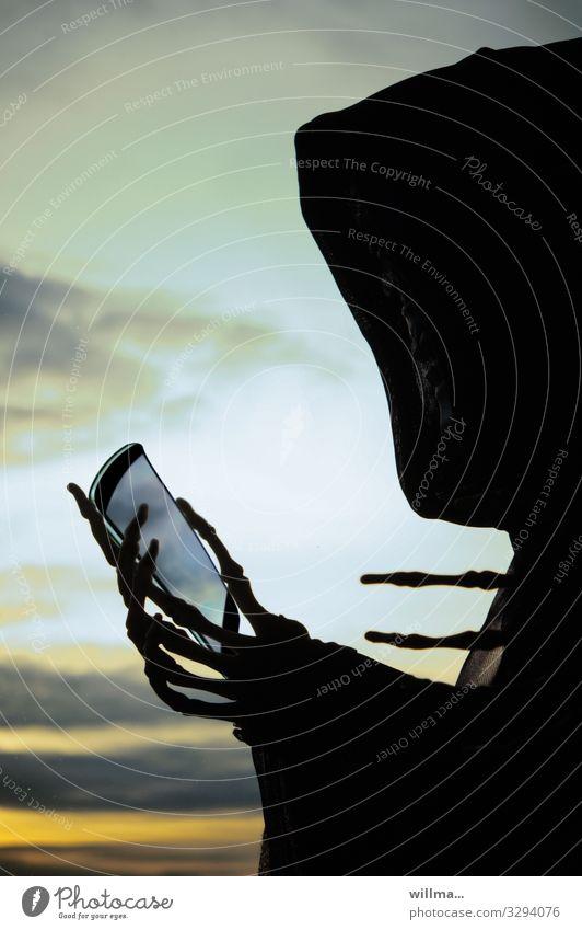 smartphonesucht außergewöhnlich Technik & Technologie Telekommunikation verrückt Zukunft lernen bedrohlich Instant-Messaging Internet Medien gruselig PDA E-Mail
