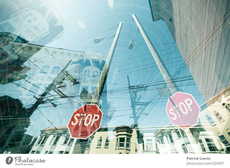 Confused Stadt Haus Straße Wege & Pfade Verkehr Schilder & Markierungen Ordnung Perspektive Schriftzeichen Hinweisschild Zeichen Netzwerk USA stoppen Irritation