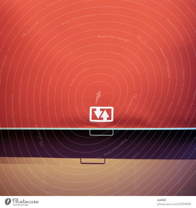 Parteiprogramm rot Metall einfach Zeichen Kunststoff Pfeil Vorhang Wahlen Entscheidung Griff Piktogramm Rollo Handgriff leuchtende Farben