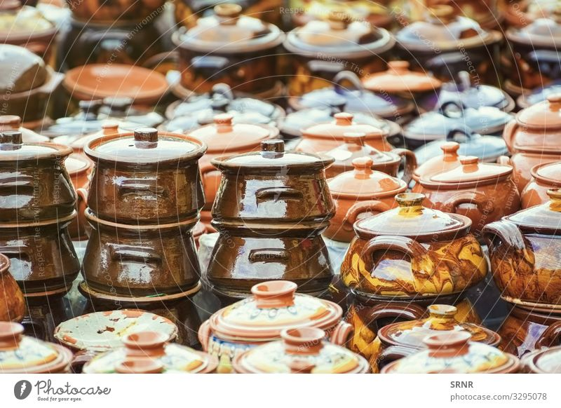 Steingut-Geschirr Topf Basteln alt braune Ware Keramik Keramikwaren Tontopf Tonwaren Kochtopf irden leer fiktiv handgefertigt selbstgemacht Markt