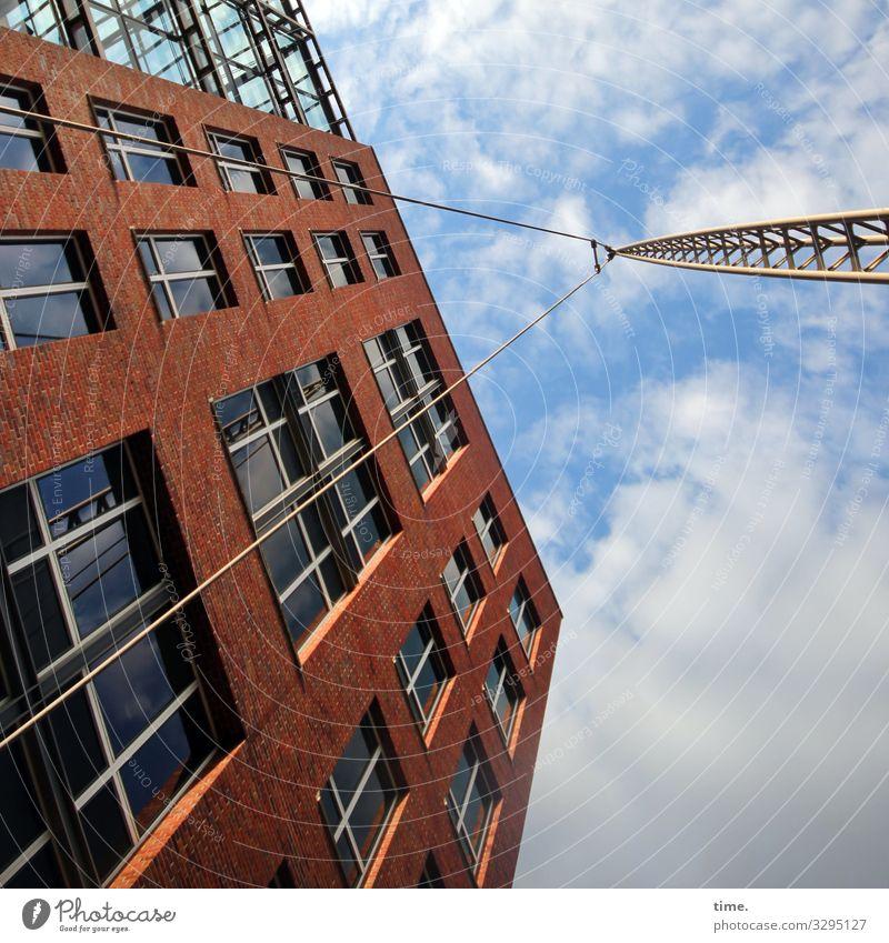 Halswirbelsäulentraining (31) Baustelle Kran Seil Himmel Wolken Schönes Wetter Hochhaus Bauwerk Architektur Mauer Wand Fassade Fenster Dach Stein Glas Metall