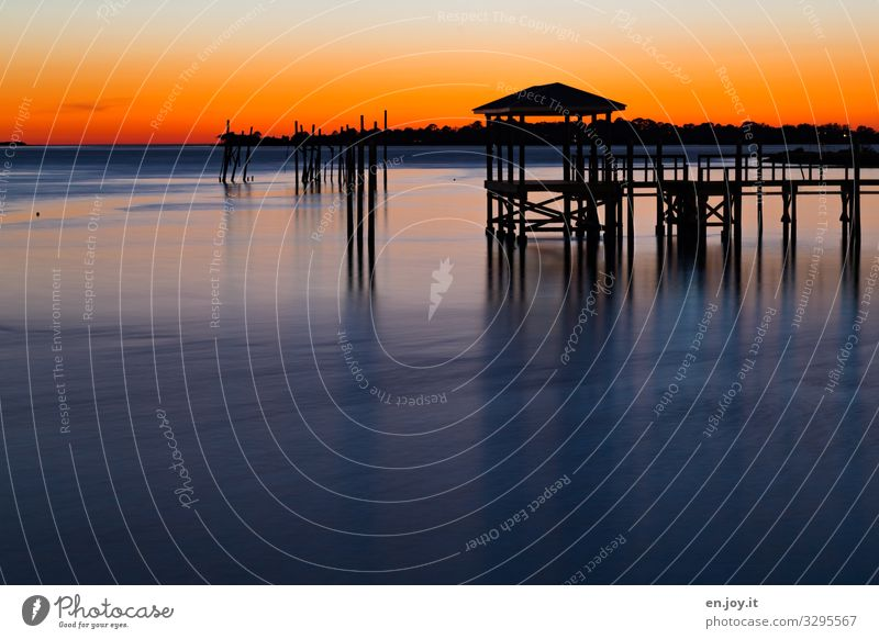 Abend für Abend Ferien & Urlaub & Reisen Sommer Sommerurlaub Meer Umwelt Natur Landschaft Wolkenloser Himmel Horizont Sonnenaufgang Sonnenuntergang