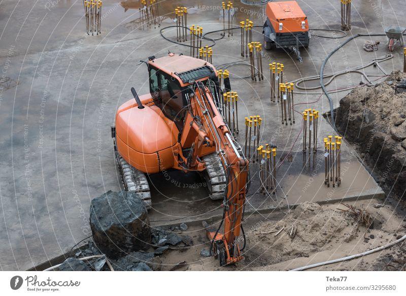 #Baustelle und Fundament Arbeit & Erwerbstätigkeit ästhetisch Industrie Beruf Arbeitsplatz Handwerker Bagger