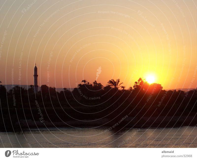 Ägyptischer Sonnenuntergang - die Zweite Ferien & Urlaub & Reisen Zufriedenheit Abenddämmerung Ägypten Moschee Nil