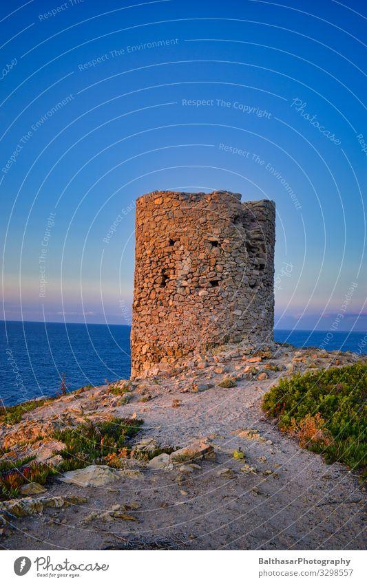 Ruine am Meer Ferien & Urlaub & Reisen Tourismus Sommer Sommerurlaub Sonne Insel Architektur Umwelt Natur Landschaft Sand Wasser Himmel Horizont Schönes Wetter