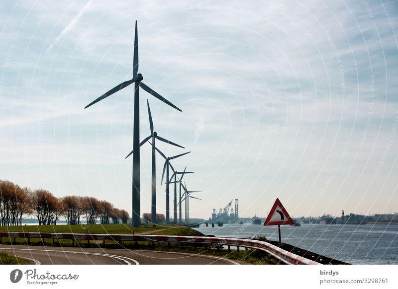 Hauptsache | regenerativ Erneuerbare Energie Windkraftanlage Himmel Wolken Klimawandel Pflanze Flussufer Straße Verkehrszeichen Verkehrsschild drehen