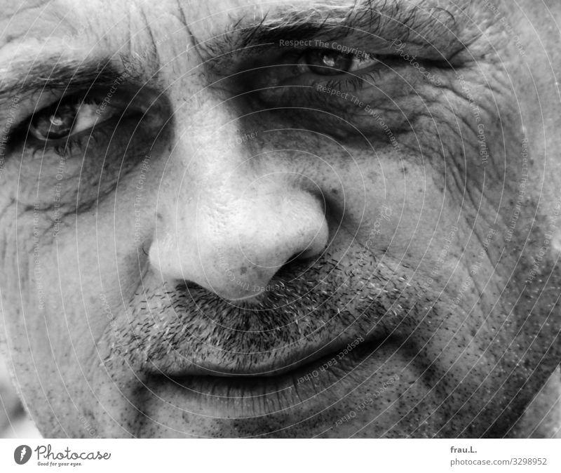 Nachdenklich Mensch Mann Erwachsene Gesicht 1 45-60 Jahre Denken Blick träumen Traurigkeit sensibel attraktiv maskulin empfindsam nachdenklich Schwarzweißfoto