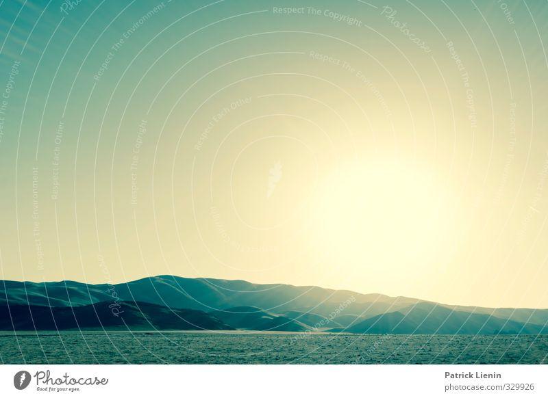 Get Lucky Umwelt Natur Landschaft Sonne Sonnenaufgang Sonnenuntergang Sonnenlicht Sommer Hügel Felsen Berge u. Gebirge Abenteuer Wege & Pfade Farbfoto