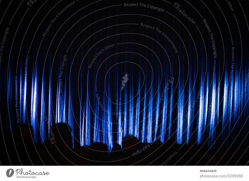 Vorhang Bühne Szene Beginn Ende Show location Veranstaltung eventfotografie rot Sitzgelegenheit Reihe Sitzreihe Menschenleer Präsentation erste Saal