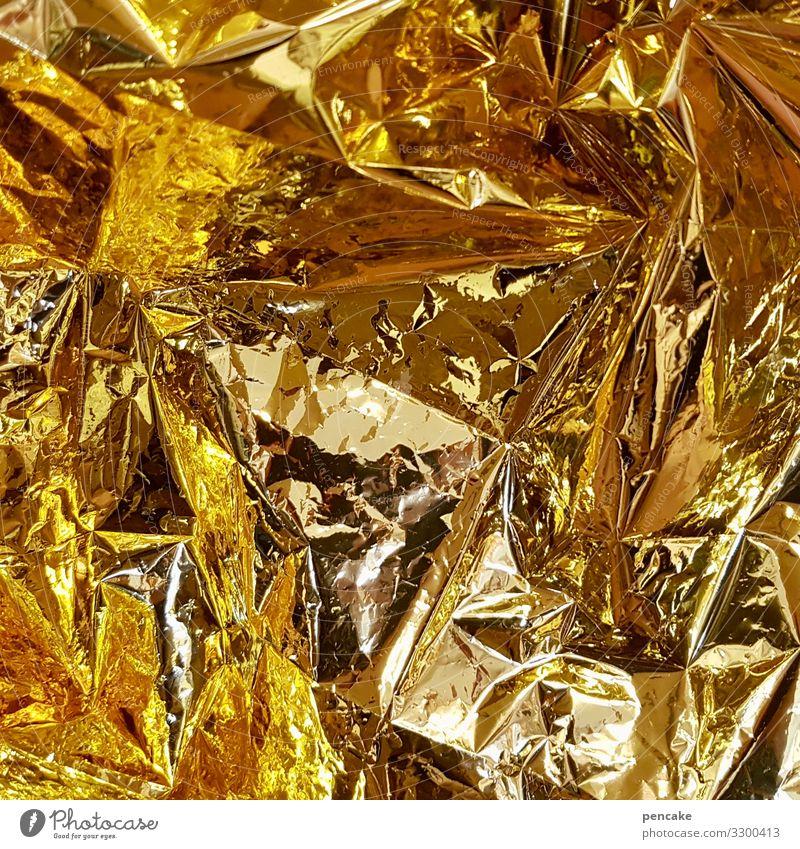 geräusch | es knistert gold Rettungsdecke Notfall Unfall Hilfe Erste Hilfe knistern Gesundheitswesen Behandlung Notruf Hilfsbereitschaft Widerbelebung Farbfoto