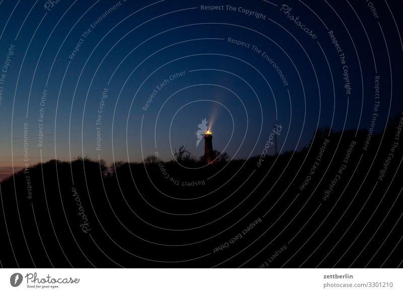 Der Leuchtturm von Kap Arkona Ferien & Urlaub & Reisen Farbe Landschaft Meer dunkel Küste Textfreiraum Insel Ostsee Dorf Rügen Farbenspiel