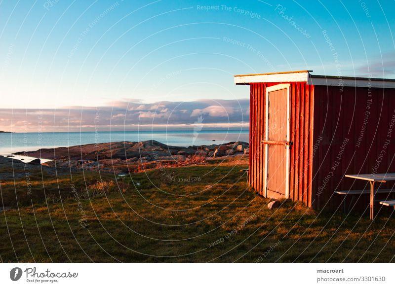 schwedische Küste Schwedisch Schweden Skandinavien Abenddämmerung Abendsonne Meer Wasser Stein Hütte Holzhütte Himmel Haus Landschaft Natur Bauwerk blau Strand