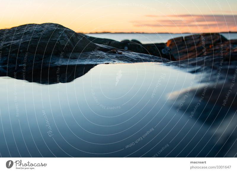 Wasserfläche am Abend Abenddämmerung Himmel Himmel (Jenseits) Landschaft See Meer Sonnenaufgang Natur cloud Strand blau Berge u. Gebirge dawn Gelassenheit schön