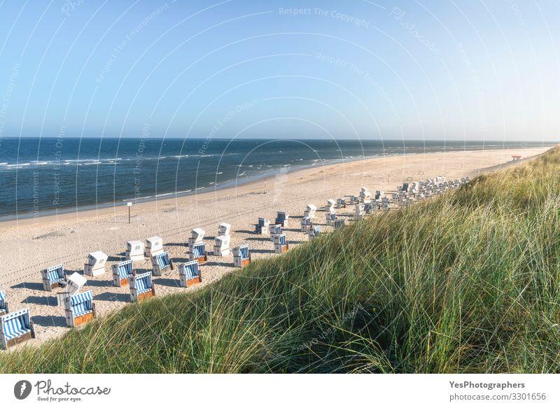 Ferien & Urlaub & Reisen Himmel (Jenseits) Sommer Meer Erholung Strand Küste Deutschland Sand Europa Lebensfreude Schönes Wetter Nordsee Europäer Paradies