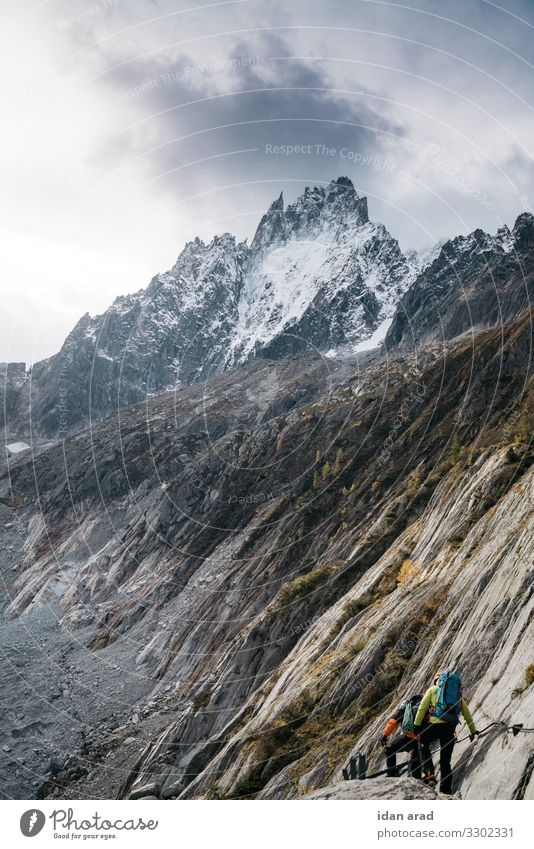 Gletscherklettern Natur Landschaft Erde Himmel Gewitterwolken Alpen Berge u. Gebirge Schneebedeckte Gipfel Fitness Sport Abenteuer wandern Wanderausflug