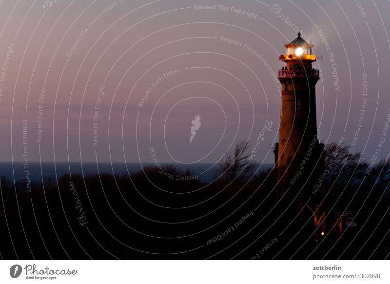 Leuchtturm auf Rügen Abend arkona Dorf dunkel Farbe Farbenspiel Farbverlauf Fischerdorf Insel Kap Arkona Küste Küstenwache Landschaft Mecklenburg-Vorpommern