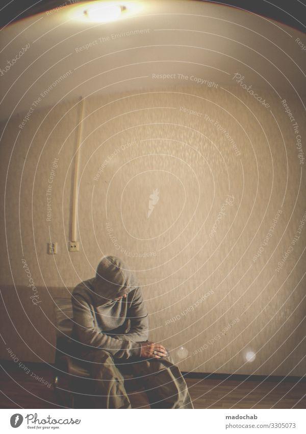 Verzweiflung Einsamkeit Isolation allein Quarantäne Depression einsam traurig Denken Traurigkeit Schmerz unglücklich Sorge Person Erwachsener Porträt ernst