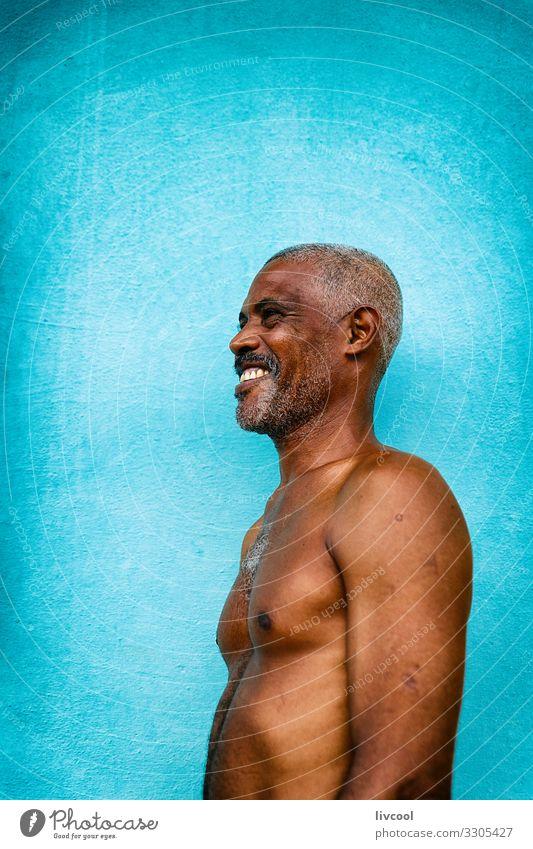 Mensch Mann nackt blau Stadt schön Erotik Gesundheit Gesicht Auge Lifestyle Erwachsene Leben Glück Kopf Frauenbrust