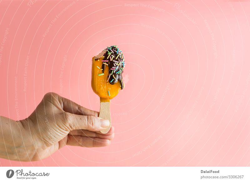 Eisstiele mit Früchten Joghurt Frucht Dessert Speiseeis Saft Sommer Holz frieren Coolness frisch gut lecker natürlich Tradition Hintergrund Beeren Blaubeeren